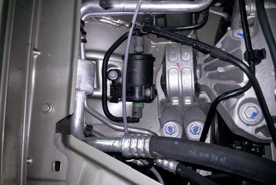 расположение топливного фильтра дастер