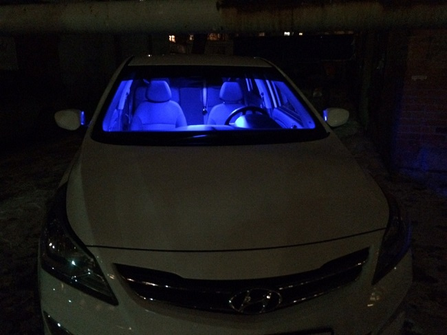 установка синих ламп в подсветку