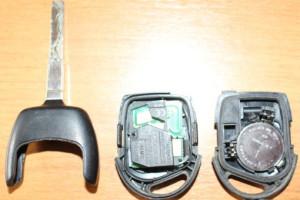 замена батарейки в чип ключе фокус 2