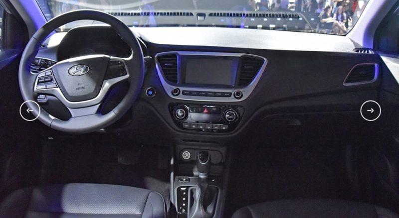 интерьер Hyundai Verna (Solaris)