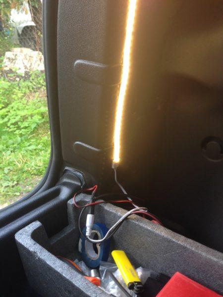 светодиодная лента в багажник